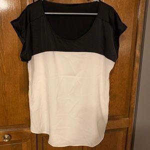 Express black/ivory short sleeve blouse